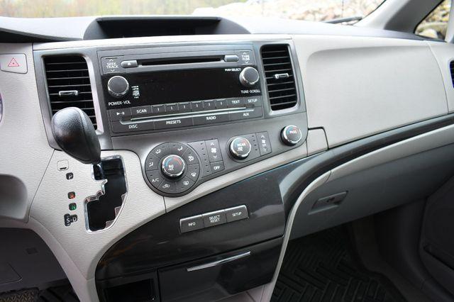 2011 Toyota Sienna LE Naugatuck, Connecticut 23