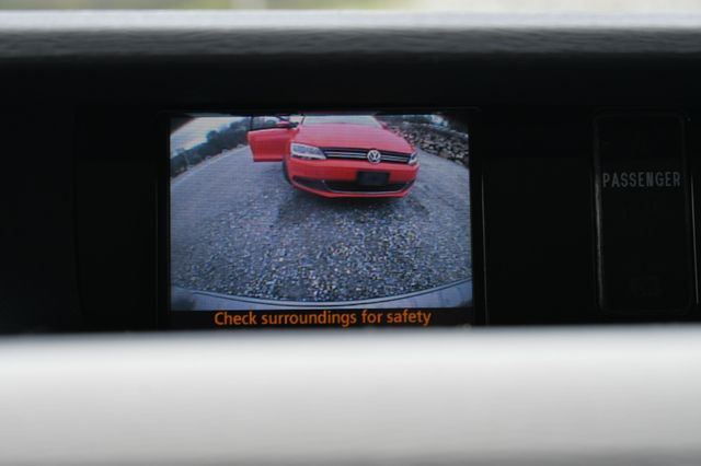 2011 Toyota Sienna LE Naugatuck, Connecticut 24