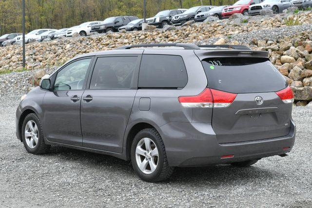 2011 Toyota Sienna LE Naugatuck, Connecticut 3
