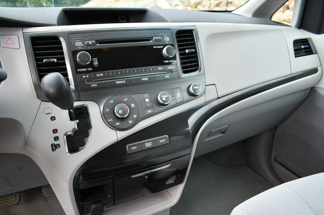 2011 Toyota Sienna LE Naugatuck, Connecticut 21