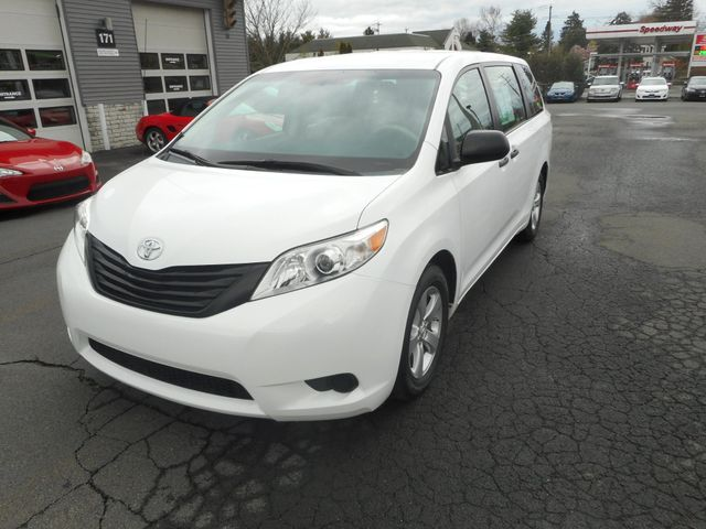 2011 Toyota Sienna New Windsor, New York 11