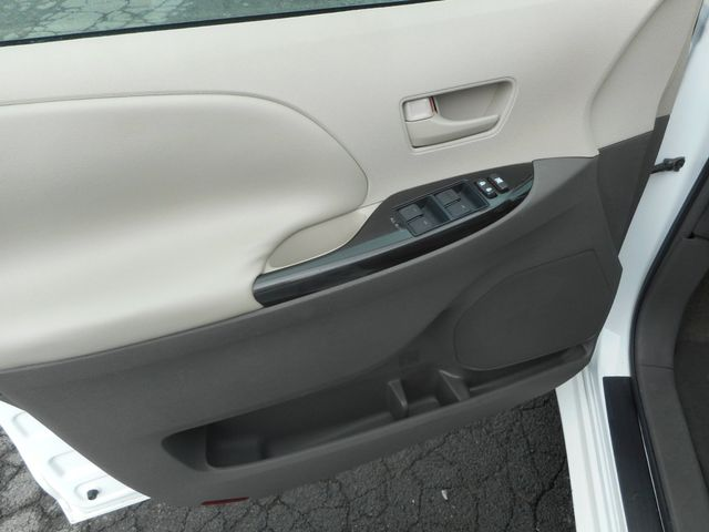 2011 Toyota Sienna New Windsor, New York 13