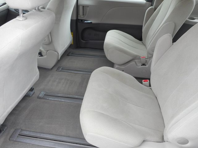 2011 Toyota Sienna New Windsor, New York 17