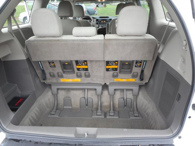 2011 Toyota Sienna New Windsor, New York 19