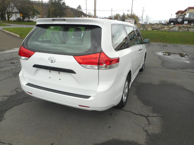 2011 Toyota Sienna New Windsor, New York 5