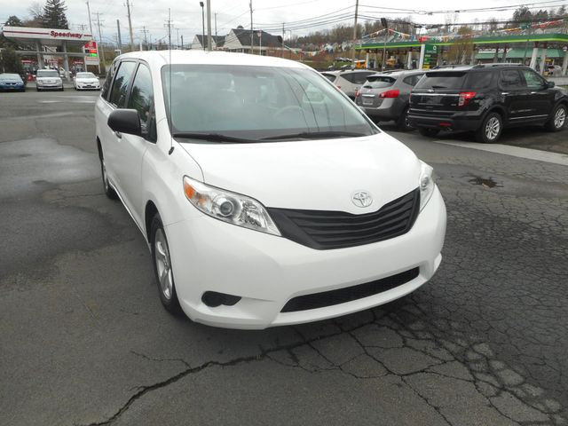 2011 Toyota Sienna New Windsor, New York 9