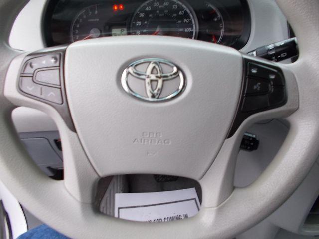 2011 Toyota Sienna LE AAS Shelbyville, TN 27