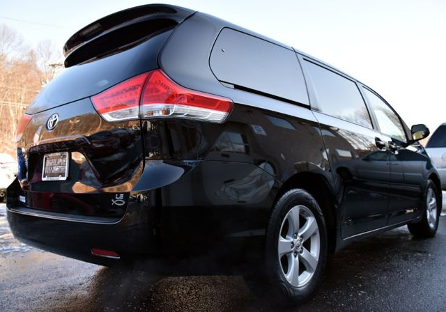 2011 Toyota Sienna 5dr 8-Pass Van V6 LE Waterbury, Connecticut 5