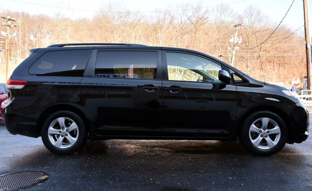 2011 Toyota Sienna 5dr 8-Pass Van V6 LE Waterbury, Connecticut 6