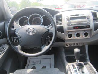 2011 Toyota Tacoma PreRunner Batesville, Mississippi 24