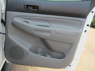 2011 Toyota Tacoma PreRunner Batesville, Mississippi 34