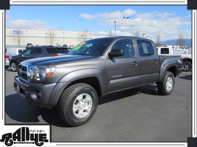 2011 Toyota Tacoma DOUBLE CAB V6 4WD *JUST REDUCED*