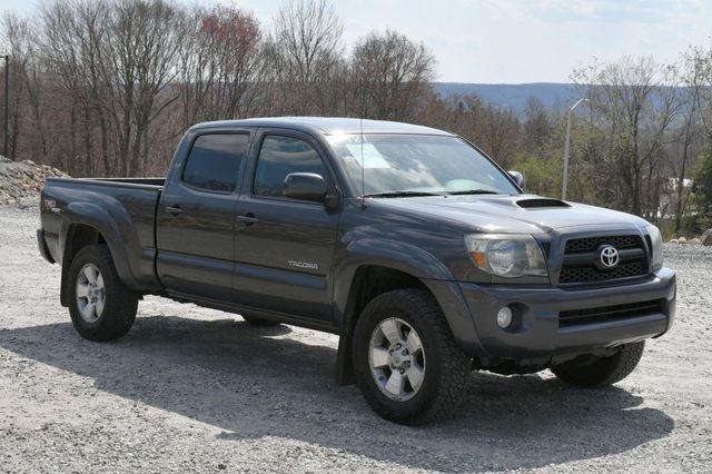 2011 Toyota Tacoma 4WD Naugatuck, Connecticut 8