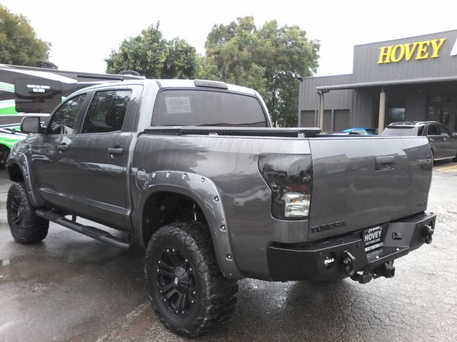2011 Toyota Tundra CREWMAX 4X4 LIFTED Boerne, Texas 8