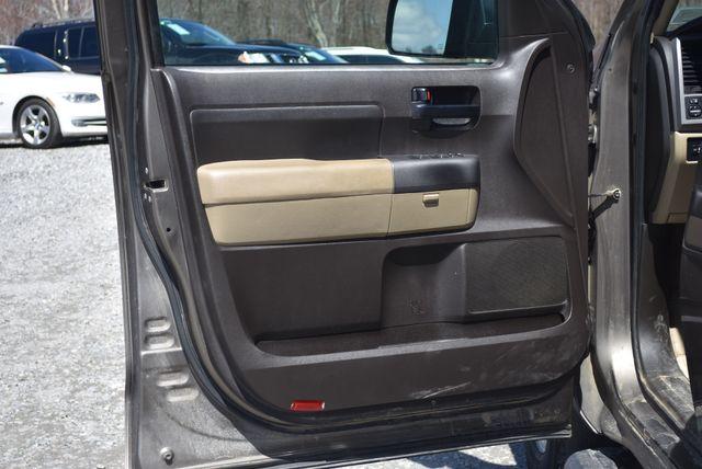 2011 Toyota Tundra Naugatuck, Connecticut 17