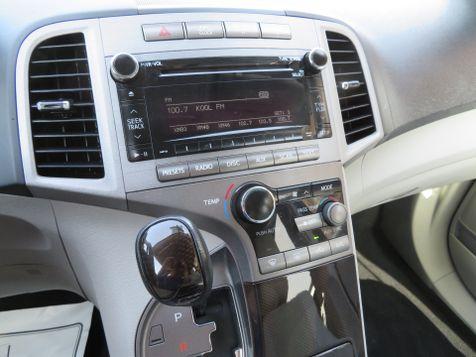 2011 Toyota Venza  | Abilene, Texas | Freedom Motors  in Abilene, Texas
