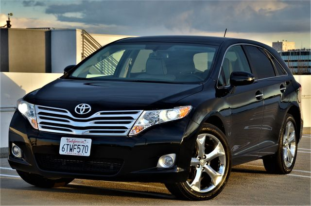 2011 Toyota Venza FULLY LOADED Reseda, CA 18