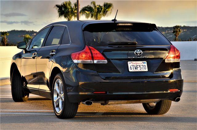 2011 Toyota Venza FULLY LOADED Reseda, CA 29