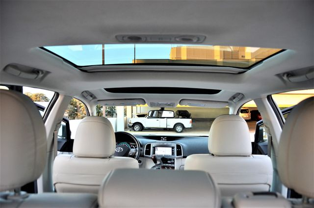 2011 Toyota Venza FULLY LOADED Reseda, CA 9