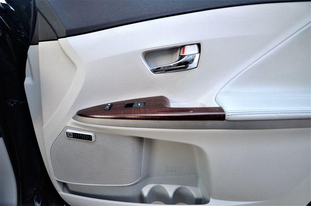 2011 Toyota Venza FULLY LOADED Reseda, CA 36