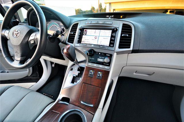 2011 Toyota Venza FULLY LOADED Reseda, CA 37
