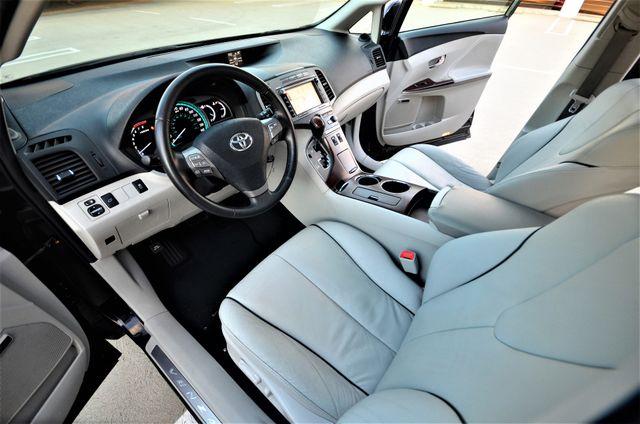 2011 Toyota Venza FULLY LOADED Reseda, CA 40