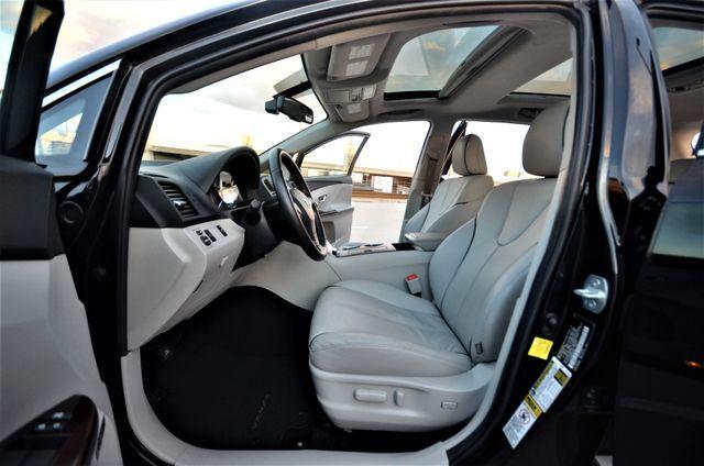 2011 Toyota Venza FULLY LOADED Reseda, CA 41