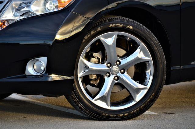 2011 Toyota Venza FULLY LOADED Reseda, CA 3