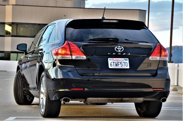 2011 Toyota Venza FULLY LOADED Reseda, CA 23