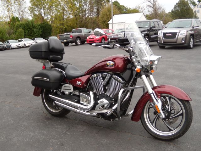 2011 Victory KINGPIN RED