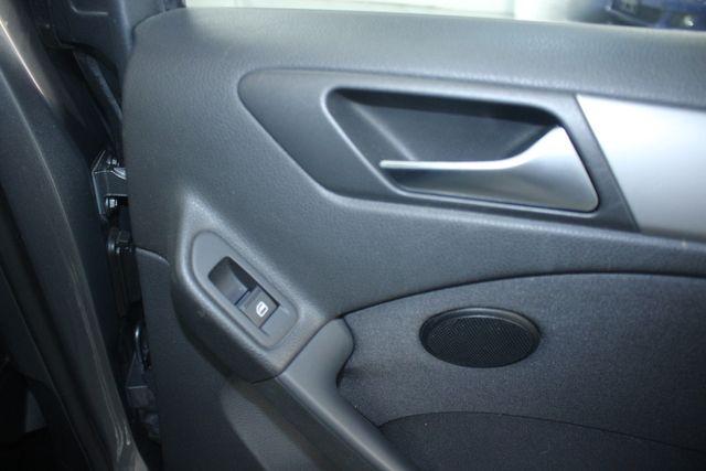2011 Volkswagen Golf Hatchback Kensington, Maryland 40