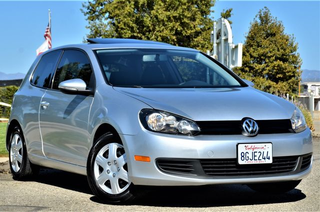2011 Volkswagen Golf in Reseda, CA, CA 91335