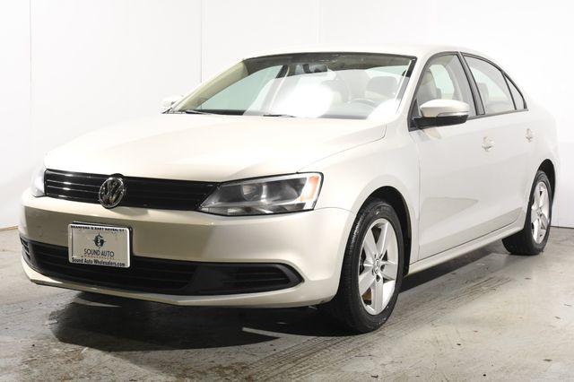 2011 Volkswagen Jetta TDI LE
