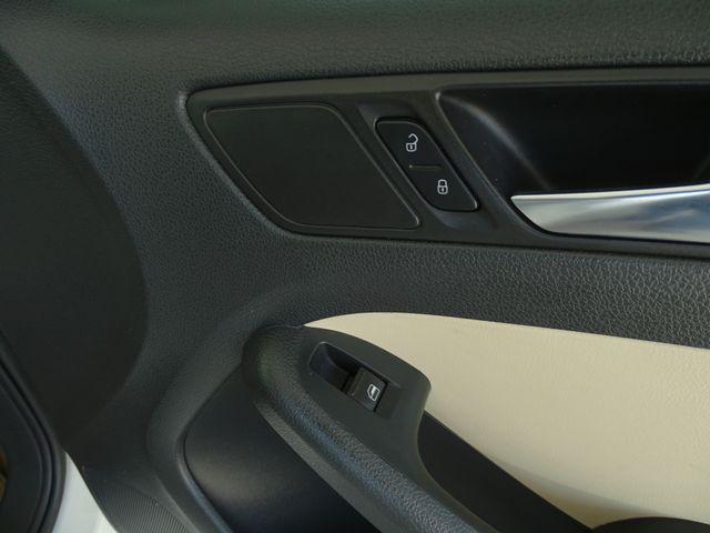 2011 Volkswagen Jetta SE w/Convenience Corpus Christi, Texas 32