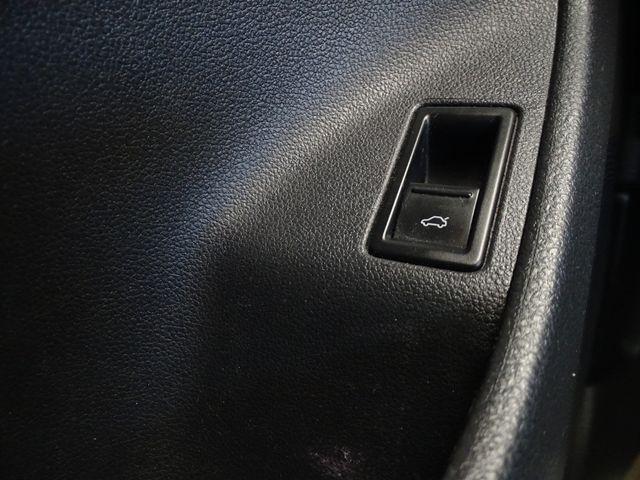 2011 Volkswagen Jetta SE w/Convenience Corpus Christi, Texas 40