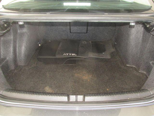 2011 Volkswagen Jetta SE w/Convenience & Sunroof PZEV Gardena, California 11