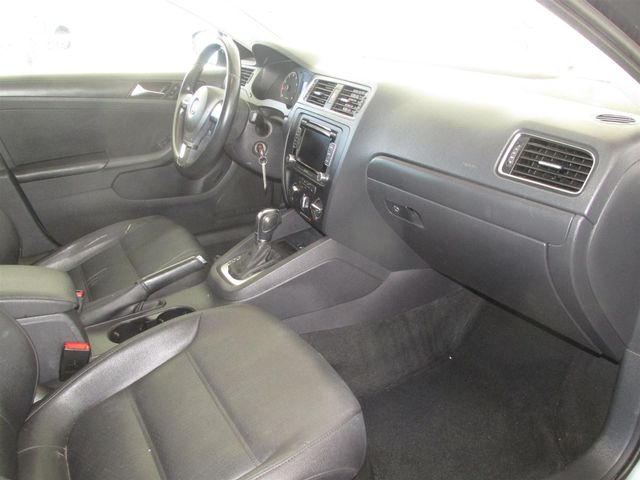 2011 Volkswagen Jetta SE w/Convenience & Sunroof PZEV Gardena, California 8