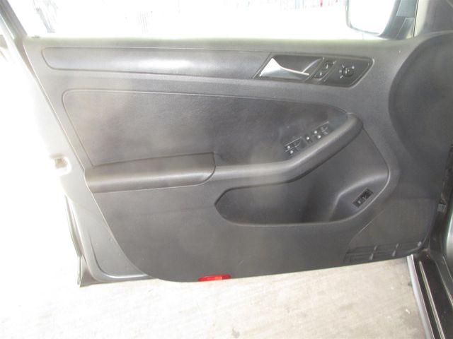 2011 Volkswagen Jetta SE w/Convenience & Sunroof PZEV Gardena, California 9
