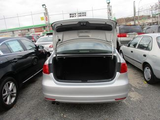 2011 Volkswagen Jetta SE w/Convenience & Sunroof PZEV Jamaica, New York 19