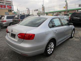 2011 Volkswagen Jetta SE w/Convenience & Sunroof PZEV Jamaica, New York 4