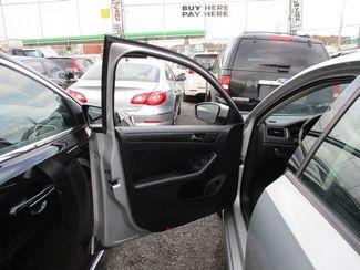 2011 Volkswagen Jetta SE w/Convenience & Sunroof PZEV Jamaica, New York 6