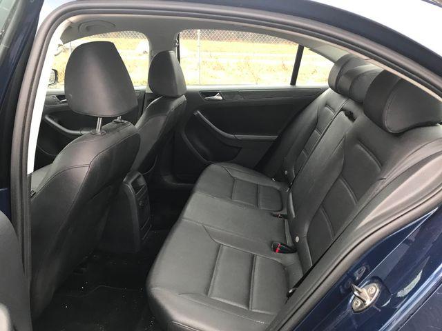 2011 Volkswagen Jetta SE w/Convenience & Sunroof Ravenna, Ohio 7