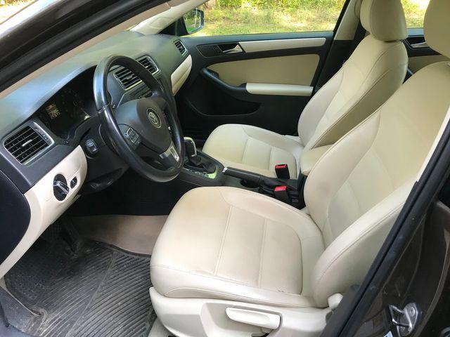 2011 Volkswagen Jetta SE w/Convenience & Sunroof PZEV Ravenna, Ohio 6