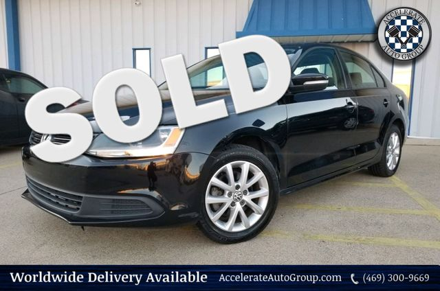 2011 Volkswagen Jetta SE w/Convenience & Sunroof in Rowlett