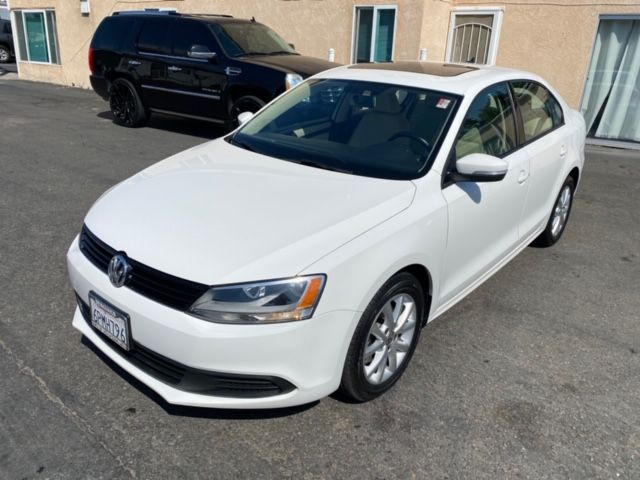 2011 Volkswagen Jetta SE w/ Pioneer Bluetooth Touch Screen - Automatic 6-Spd w/Overdrive & Tiptronic - 91K in San Diego, CA 92110