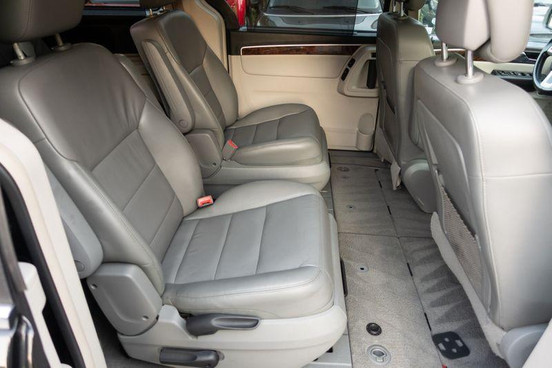 2014 Volkswagen Routan SEL Premium   Texas  EURO 2 MOTORS  in , Texas