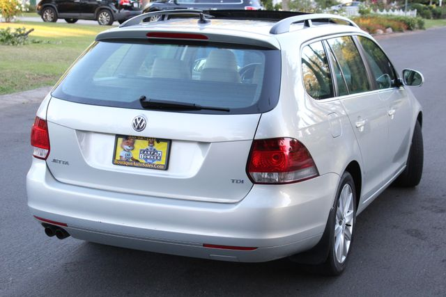 2011 Volkswagen JETTA TDI 1-OWNER 79K MLS SPORT WAGON SERVICE RECORDS in Van Nuys, CA 91406