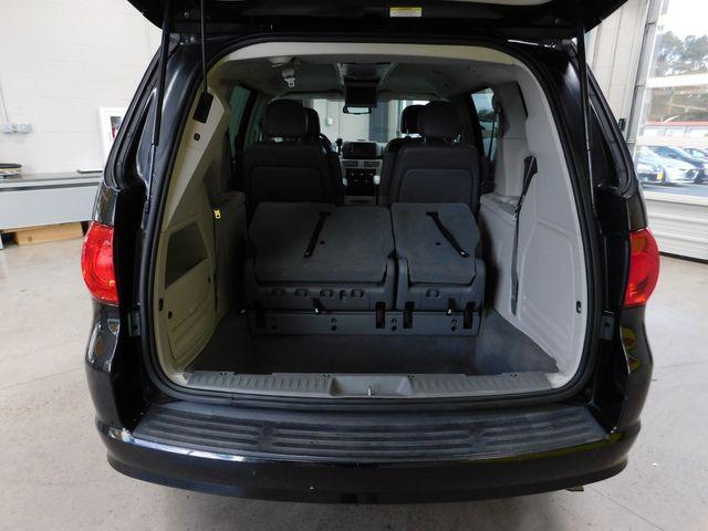 2011 Volkswagen Routan SE in Airport Motor Mile ( Metro Knoxville ), TN 37777