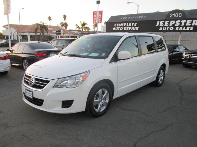 2011 Volkswagen Routan SE in Costa Mesa California, 92627