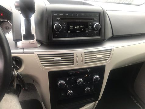 2011 Volkswagen Routan SE | Ft. Worth, TX | Auto World Sales LLC in Ft. Worth, TX